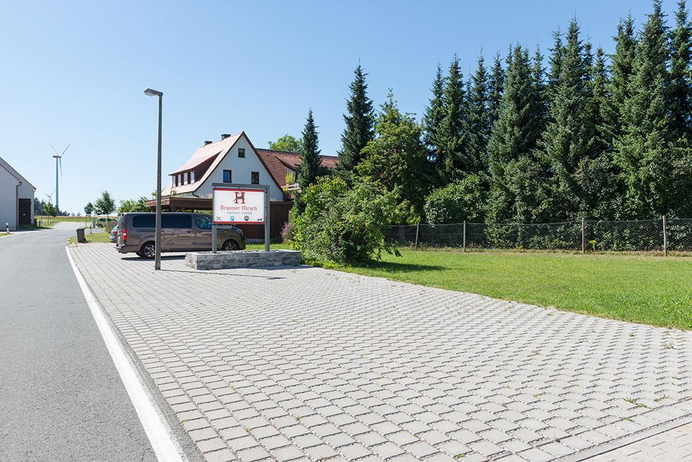 Parkplatz Waller Gasthaus Brauner Hirsch