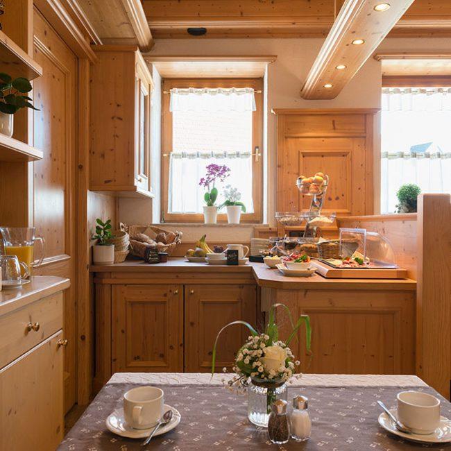 Frühstücksbuffet Fichtenstube Tee Gasthaus Pension Brauner Hirsch Waller