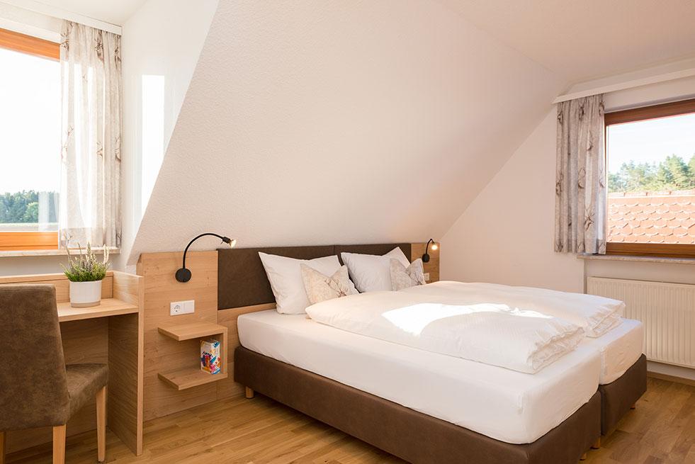 Doppel Zimmer Bett Pension Brauner Hirsch Waller