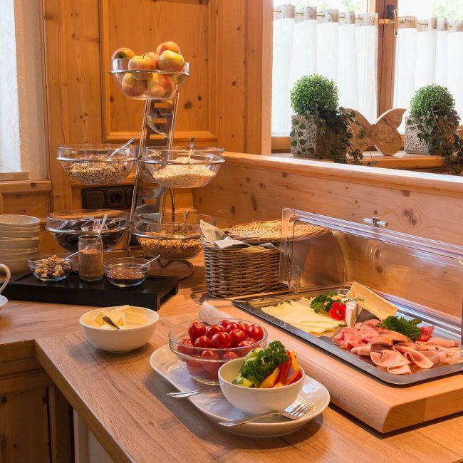 Gasthaus Pension Brauner Hirsch Frühstücksbuffet